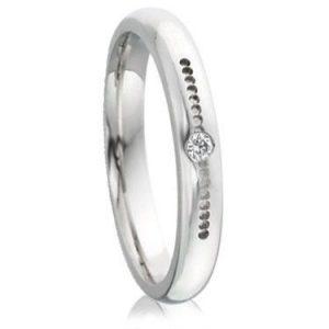 Diamond ring with beveled edges - Men Wedding Rings