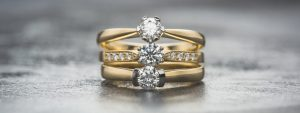 Diamond-engagement-rings-different-stone-shapes
